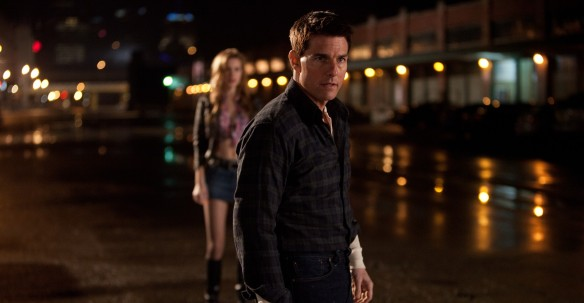 There's a blurry girl behind me? I'm Jack Reacher, I won't fall for your trickery!